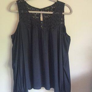 Jessica Simpson long-sleeved cold shoulder top